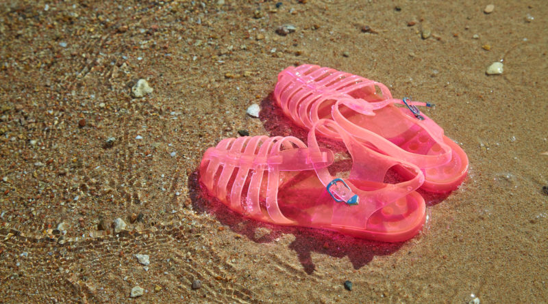 Sandales en plastique méduses